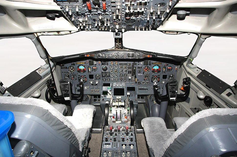 Boeing 737-2V6 Advanced Cockpit Dubai Air Show Ryabtsev