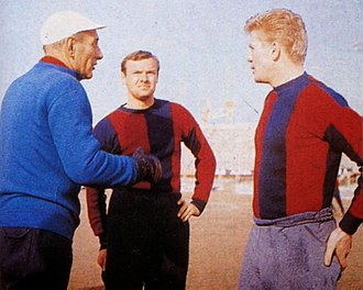 Harald Nielsen - Nielsen with Bologna in the early 1960s, between manager Bernardini (left) and teammate Haller (right).