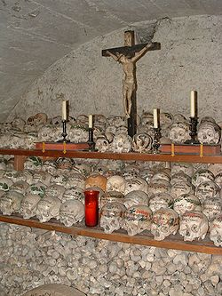 definition of ossuary