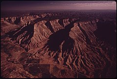 Book Cliffs (Also Called Roan Cliffs) (3815848132).jpg