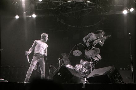 The Who in Toronto, 1980 BouncingTownshend.jpg