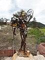 Breitenau (Kiefersfelden) - Skulptur aus Eisenteilen.JPG