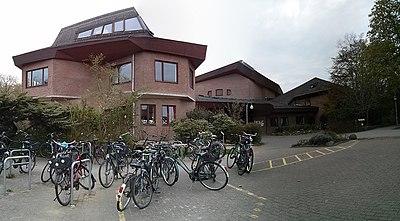 Bremen Touler Strasse 3 2013-04-25 18.40.08.jpg