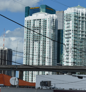 Brickell on the River - Brickell on the River North tower from the west in 2012