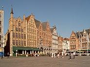Brugge, straatzicht op de Markt4 2007-08-05 10.00