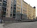Building next to weird median bikeway (43756507250).jpg