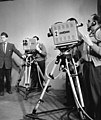 Bundesarchiv B 145 Bild-F001105-0009, Köln, WDR Fernsehstudio.jpg