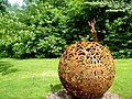 Burghley Sculpture Garden - panoramio.jpg