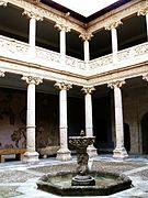 Burgos - Museo de Burgos, Casa de Miranda, s. XVI.jpg