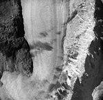 Burroughs Glacier, mountain glacier, September 18, 1972 (GLACIERS 5873).jpg