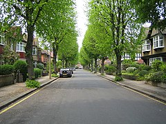 Bush Hill Park, Abbey Road - geograph.org.uk - 167826.jpg