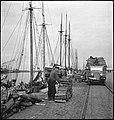 CH-NB - Estland, Tallinn (Reval)- Hafenarbeiter - Annemarie Schwarzenbach - SLA-Schwarzenbach-A-5-16-041.jpg