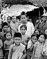 COLLECTIE TROPENMUSEUM Een groep Javaanse kinderen TMnr 10005238.jpg