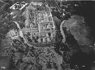 University of Indonesia - STOVIA medical school complex during the 1920s, the complex consists of buildings now known as the Faculty of Medicine of Universitas Indonesia (top) and Cipto Mangunkusumo Hospital (center).