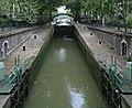 Canal Saint-Martin, écluse du Temple, vers l'amont.jpg