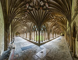Canterbury Cathedral Cloisters, Kent, UK - Diliff.jpg