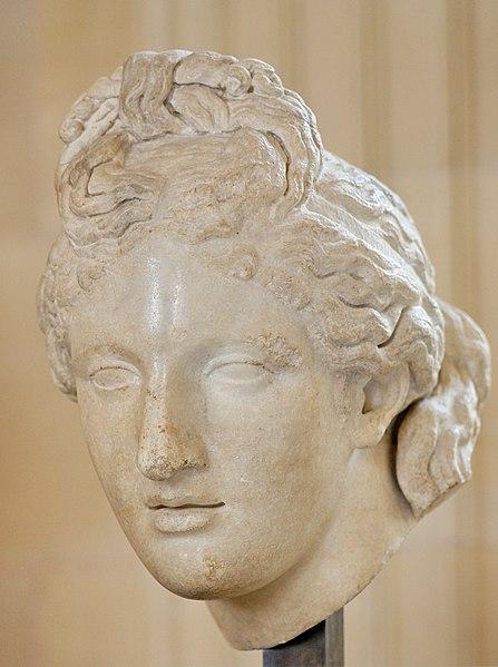 File:Capitoline Aphrodite Louvre Ma 571.jpg