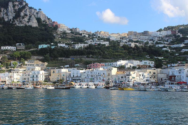 File:Capri. Marina Grande. 07.JPG