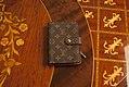 Carteira-zipper-louis-vuitton-1 (24308491564).jpg