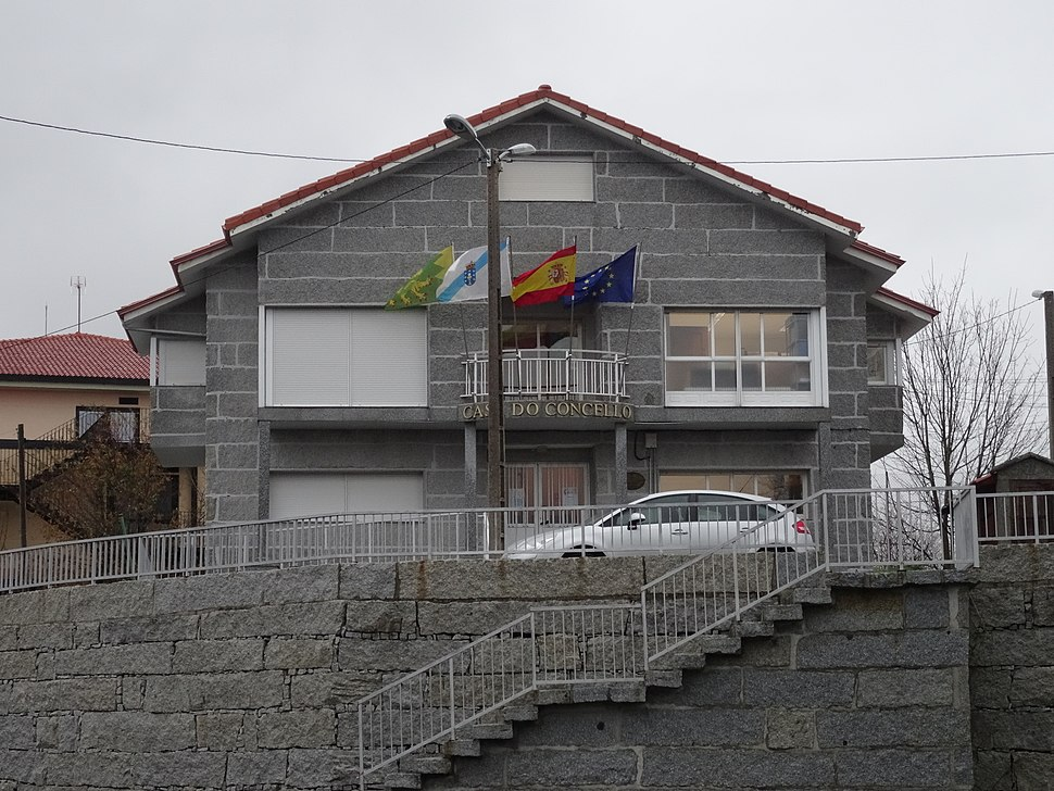 Casa concello, Lobeira, Ourense 02