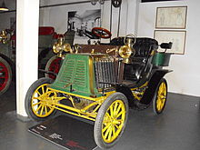 Photographie d'une automobile Ceirano 5HP de 1901