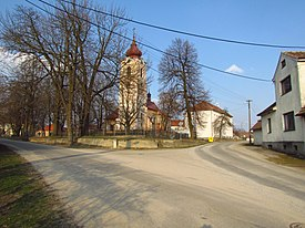 Center of Heraltice with church, Třebíč District.JPG