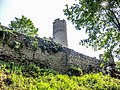 Château d'Andlau. Muraille est et grande tour nord.jpg