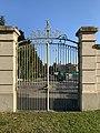 Château de la Chanal (Miribel) - portail.jpg