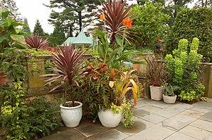 Chanticleer Garden - Image: Chanticleer Gardens Main House Croquet Lawn 3008px