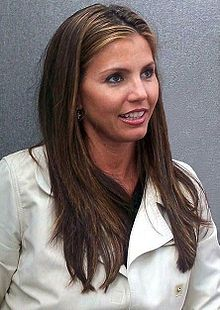 Charisma Carpenter at CollectorMania cropped.jpg