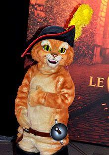 Costume du Chat potté, avant,première parisienne du film Le Chat potté (20  novembre 2011).