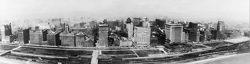 Aerial view of Michigan Avenue in 1911