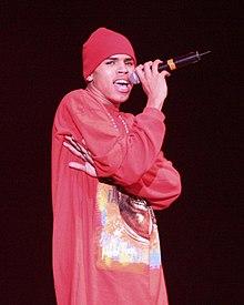 Chris Brown in concerto nel dicembre del 2005