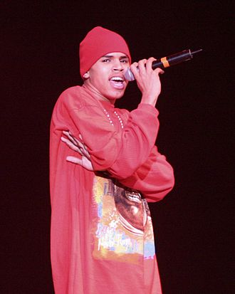 Chris Brown - Brown performing at KISS 106.1 Seattle Jingle Bell Bash 8, December 4, 2005