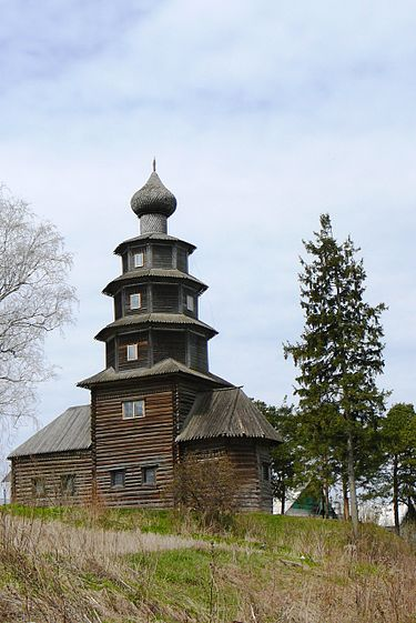 https://upload.wikimedia.org/wikipedia/commons/thumb/f/f3/Church_of_the_Ascension_of_Christ_in_Torzhok%2C_Russia.jpg/375px-Church_of_the_Ascension_of_Christ_in_Torzhok%2C_Russia.jpg