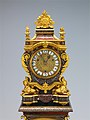 Clock with pedestal MET DP214850.jpg
