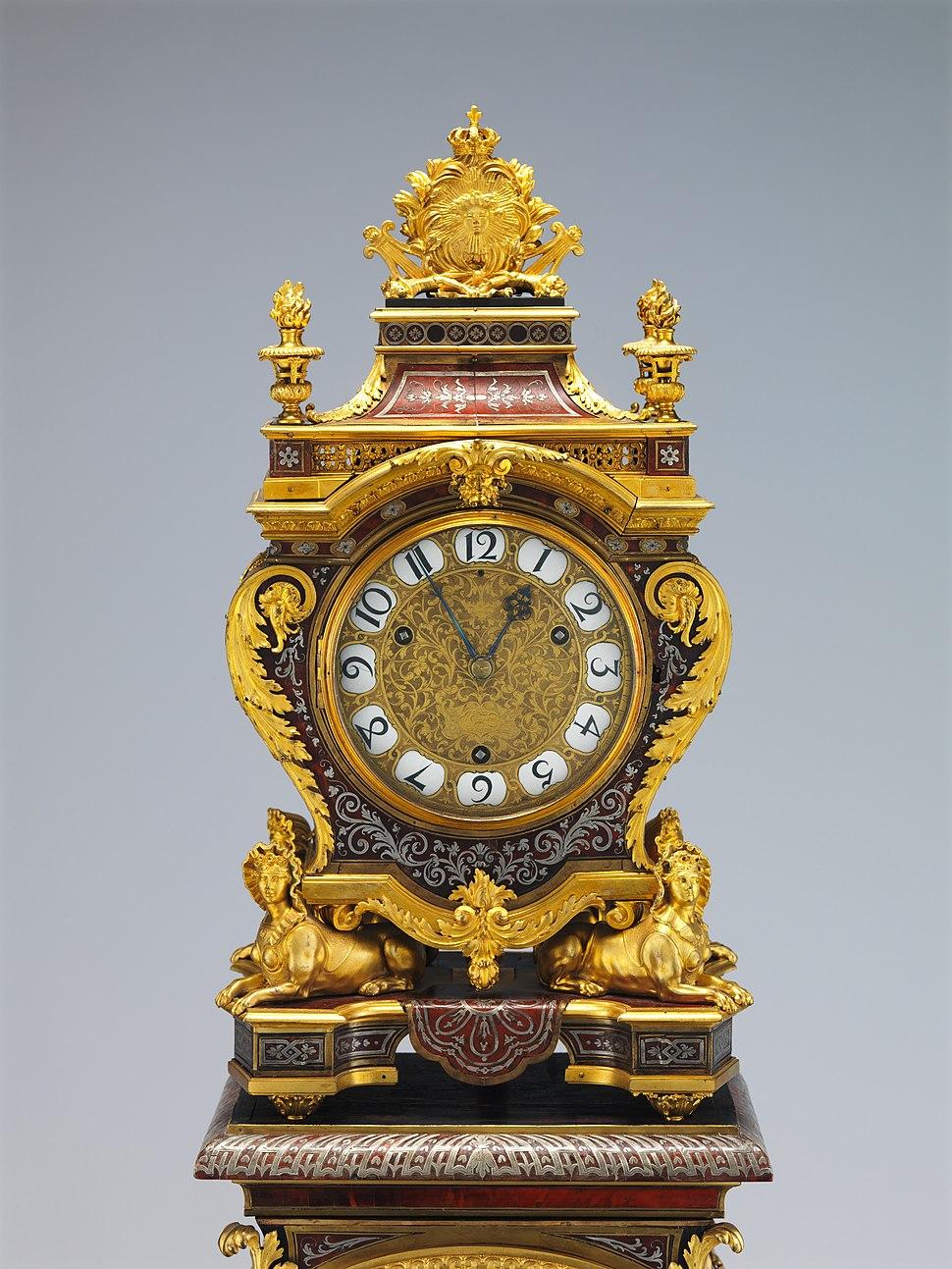 Clock with pedestal MET DP214850