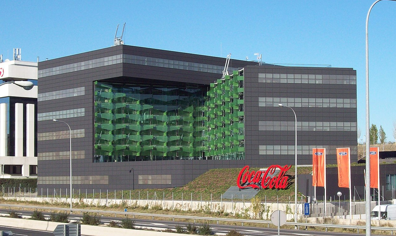 File coca cola offices madrid spain wikimedia commons - Monster energy corporate office ...