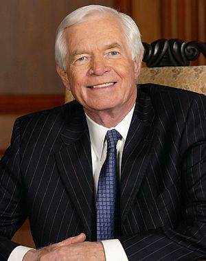 Thad Cochran, member of the United States Sena...