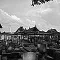 Collectie NMvWereldculturen, TM-20002015, Negatief, 'Het Europese kerkhof', fotograaf Boy Lawson, 1971.jpg