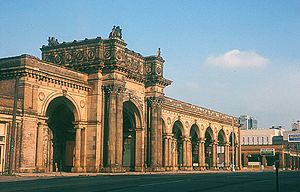 Columbus Union Station arcade, June 1970.jpg