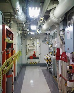 Corridor on board JS Tenryū, -20 Jul. 2008 c.jpg