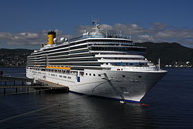 Costa Luminosa in Trondheim 2009.jpg