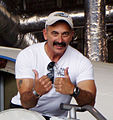 Country music singer Aaron Tippin (cropped).JPG