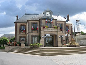 Courtenay, Loiret - The town hall in Courtenay