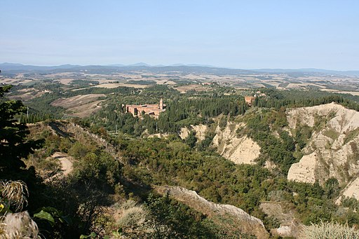Crete Senesi Monte Oliveto