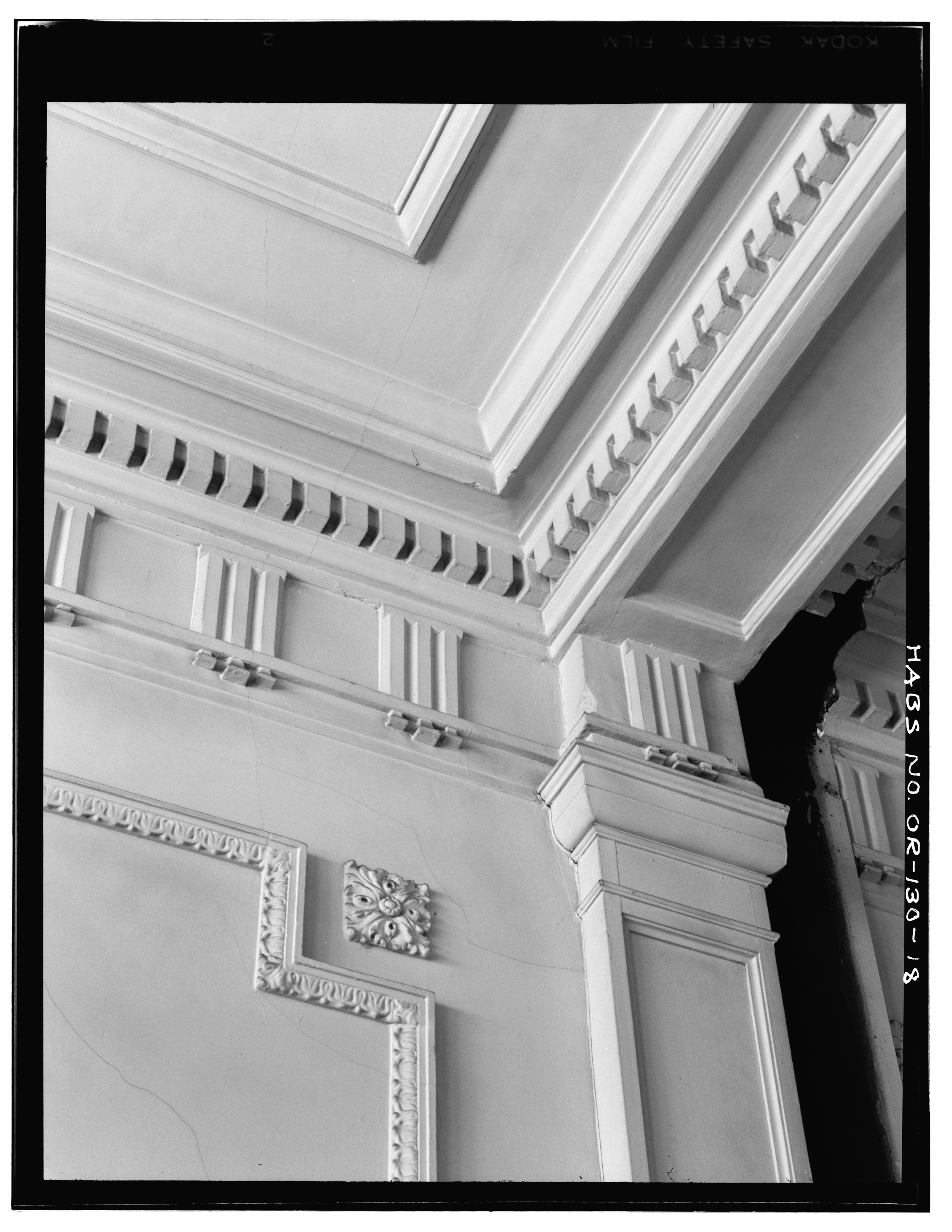 File Detail Of Interior Cornice Hotel Lenox 1100 1116 Southwest Third Street Portland