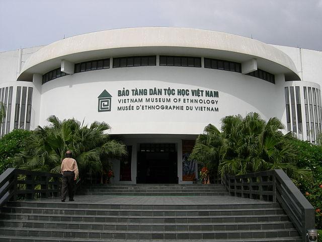 Nha San Bac Ho