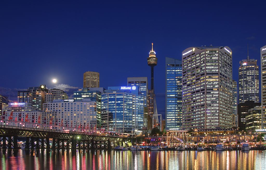Darling harbour with full moon
