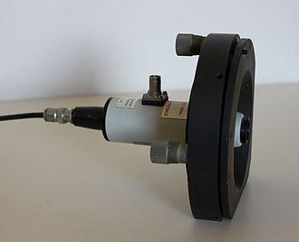 Fabry–Pérot interferometer - A commercial Fabry-Perot device